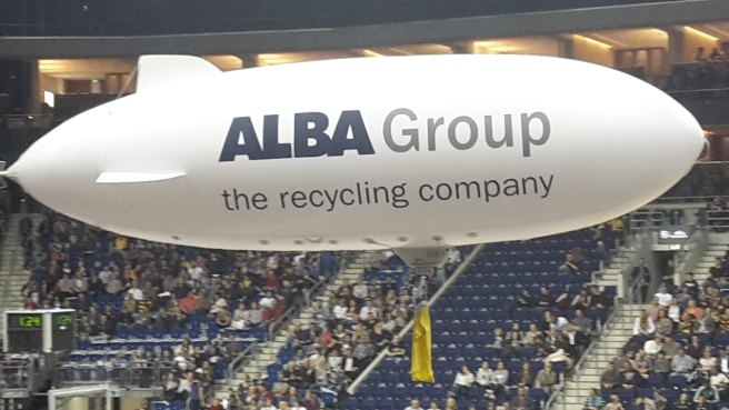 Basketball ALBA Berlin Skyliners Frankfurt Mercedes Benz Arena 20161008 (16).jpg