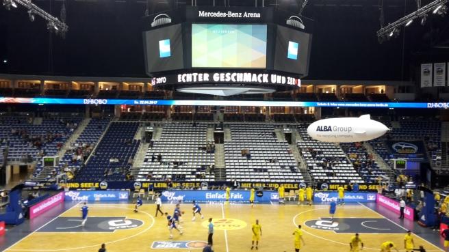 Basketball ALBA Berlin Skyliners Frankfurt Mercedes Benz Arena 20161008 (9).jpg