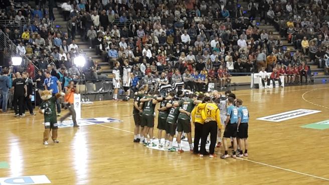 handball-bundesliga-topspiel-fuchse-berlin-thw-kiel-max-schmehling-halle-20161005-6