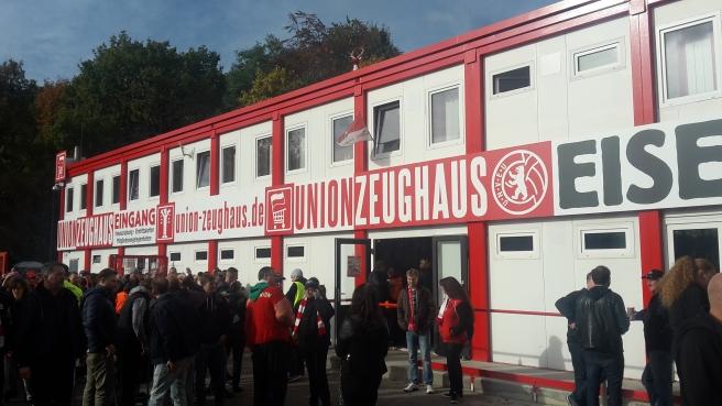 1. FC Union Berlin - Fortuna F95 Düsseldorf (Stadion Alte Försterei) 20161029 (6).jpg